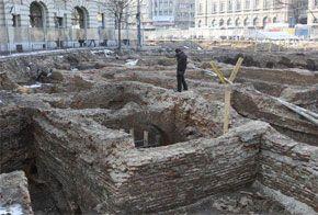 Ruinele de la Universitate au fost distruse. Sursă foto: Gabriel Pătruţ/zilnic.net